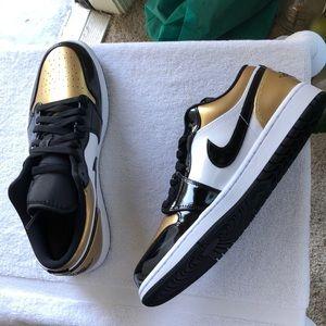 AiR Jordan 1 Low GOLD TOE sz11
